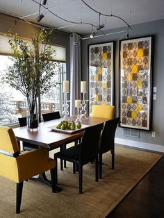 Casual Dining Rooms: Decorating Ideas For A Soothing Interior . Casual Dining Rooms: Decorating Ideas For a Soothing Interior modern dining room wall decor - Modern Decoration Dining Room Sets, Yellow Dining Room, Casual Dining Rooms, Dining Room Table Decor, Dining Room Walls, Modern Dining Table, Dining Room Design, Dining Room Furniture, Small Dining