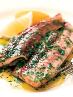 Fish and seafood dishes for the autumn Fish Recipes, My Recipes, Cooking Recipes, Seafood Dishes, Fish And Seafood, Good Food, Yummy Food, Romanian Food, Food Festival