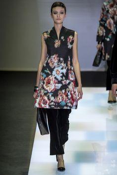 Giorgio Armani Fall 2016 Ready-to-Wear Collection Photos - Vogue