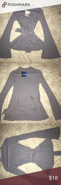 Long Sleeve Stylish Top Long sleeve stylish top from Missguided. Only reason I never kept it is because it is small in me. Other than that it is very, very cute! Make me an offer!😁 Missguided Tops