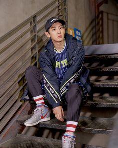 Park Chanyeol Exo, Kyungsoo, Exo Birthdays, Berlin, Best Photo Poses, Exo Album, Boy Photography Poses, Exo Korean, Kpop