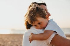 Managing psoriatic arthritis as a parent requires organization and creativity. Here are some tips to make parenting easier when living with psoriatic arthritis, including planning ahead, getting up ea Gentle Parenting, Parenting Tips, Mindful Parenting, Foster Parenting, One Syllable Boy Names, Toddler Behavior, Separation Anxiety, Think, Highly Sensitive
