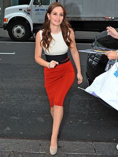 Love Leighton Meester's outfit