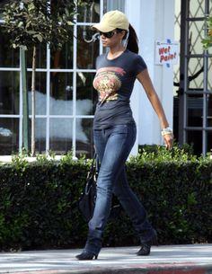 Halle Berry's body is sickening -----