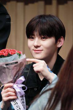 Nu Est Minhyun, Flower Boys, Kpop Boy, Boys Over Flowers