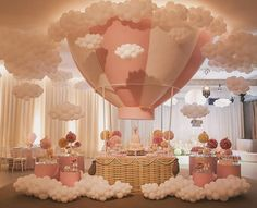 Balloon Decor Ballon-Dekor Source by . Deco Baby Shower, Baby Shower Balloons, Shower Party, Baby Shower Parties, Baby Shower Themes, Shower Ideas, Baby Girl Babyshower Themes, Paris Theme Baby Shower, Girl Baby Showers