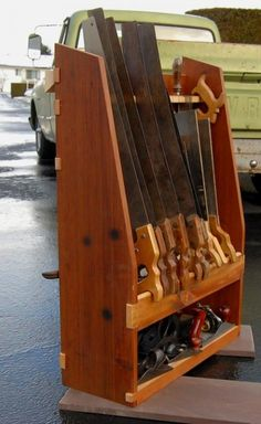 Woodworking Using Hand Tools - Fine Woodworking Hand Tools – DIY Wood Working Project Woodworking Tool Cabinet, Woodworking Hand Tools, Beginner Woodworking Projects, Wood Tools, Woodworking Workshop, Woodworking Chisels, Woodworking Equipment, Woodworking Ideas, Teds Woodworking