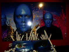 Never make a delay for a rock night! See a different show with the #beating drums #BlueManGroup  #askaticket