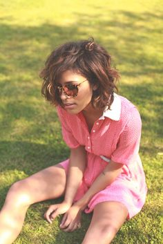 If I could pull off a messy, wavy bob.....I would most definitely get one ;)