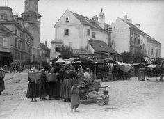 Image 1 of 36 from gallery of Sopron Castle District Revitalization / Hetedik Műterem. Photograph by Balázs Danyi Town And Country, Hungary, Old Photos, Westerns, Castle, Sketches, Street View, Urban, Gallery
