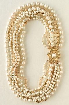 The perfect mix of gold and pearls for a beautiful wedding day necklace! {Stella & Dot}