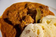 Recept: Segedínsky guláš | Nebíčko v papuľke Czech Recipes, Ethnic Recipes, My Favorite Food, Favorite Recipes, Other Recipes, Mashed Potatoes, Beef, Cooking, Czech Food
