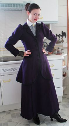 Missy cosplay - costume test