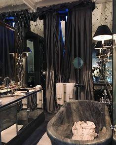 Top Amazing Modern Gothic Interior Design Ideas and Decor Picture 42 Gothic Bathroom Decor, Gothic Bedroom, Bedroom Decor, Dark Home Decor, Goth Home Decor, Gypsy Decor, Gothic Interior, Interior Design, Interior Office