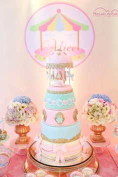 On the top of almost any child's wish list must be a carousel birthday party! We're bringing you cake ideas, dessert tables, and decorations galore. Carousel Birthday Parties, Circus Birthday, Baby Birthday, Birthday Party Decorations, Turtle Birthday, Turtle Party, Carousel Cake, Carousel Party, Horse Party