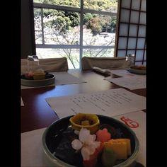Enjoy kaiseki while watching a river!  Please join us on Instagram! http://ift.tt/1MTbSL5  #光流園静山荘 #宇治 #京都 #京料理 #懐石 #旅館 #旅行 #seizanso #uji #kyoto #japan #biginjapan #ryokan #kaiseki #travel #traveling #river #ujiriver #followme #photooftheday #beautiful #instatravel #instalike #instamood #instagood #amazing #happy #fun #love #friends by seizanso_official
