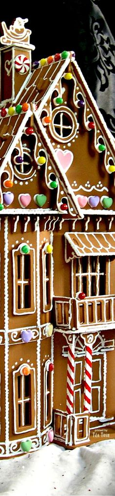❇Téa Tosh❇ Gingerbread House