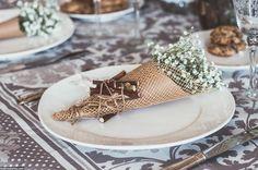 #table #setting #decor #home #showroom #workshop #rustic #style #flowers #gipsofila #interior #decor #design #kraft
