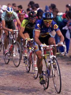 Lemond Paris Roubaix check the shocks! Bicycle Race, Bicycle Girl, Paris Roubaix, Bike Poster, Cycling Art, Classic Bikes, Vintage Racing, Legends, Wheels