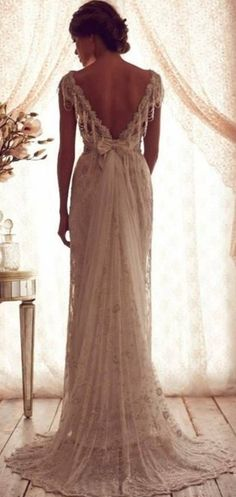 This is the perfect gown.. I have seen it pinned a tonne, but never to the source.. It's the Aisling gown by Anna Campbell.... Even the name of it is perfect.