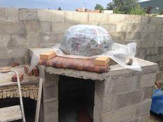 Construction du Four à pain/pizza - Mon four à pain en briques réfractaires Churros, Pain Pizza, Four A Pizza, Construction, Bbq, Recycling, Ovens, Wood Burning, Home Decor
