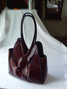 Oxblood Tote, back view £49