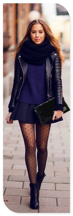 Navy sweather, Pleated skirt and printed tights