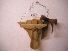 Rustic Wooden Angel with Rusted Star and Burlap Bow