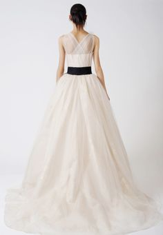 Wedding Dresses, Bridal Gowns by Vera Wang | Classics love the back