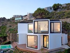 """""""The sunflower house"""" A stunning modern home that brings in the sun and views through its 10 cubes! #archixxi #modern #house#architecture #cube"""