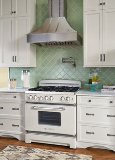 "Big Chill | Retro | Stoves | Big Chill 30'' Stove "" love this one too, with the green tile is awesome"""