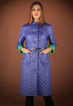 Женское стеганое пальто (94 фото): с капюшоном, из стеганой плащевки, стильное 2016, итальянское, фасоны пальто, синее, с чем носить