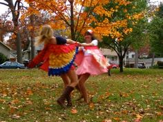 NattyJane's Birds of a Feather Costume Tutorial : 17 Steps (with Pictures) - Instructables Bird Wings Costume, Parrot Costume, Flamingo Costume, Bat Costume, Diy Halloween Costumes, Eagle Costume, Butterfly Costume, Halloween 2019, Halloween Ideas
