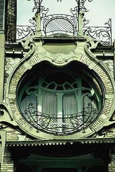 Green Art Nouveau – Detail of Maison St Cyr, Brussels built between 1901 and 1903. Architect Gustave Strauven