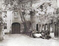 um 1900 Berlin - Hinterhof Dorotheenstraße 32