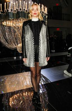 can we talk about Jaime King's coat?