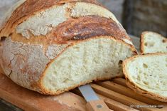 paine neframantata coapta in oala Cooking Bread, Bread Baking, Cooking Recipes, Sweets Recipes, Cake Recipes, Tapas, Good Food, Yummy Food, Artisan Food