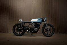 yamaha xs750 by ugly motorcycles. perfect stance.