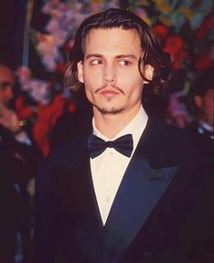 Find images and videos about johnny depp and actor on We Heart It - the app to get lost in what you love. Johnny And Winona, Young Johnny Depp, Here's Johnny, Johnny Depp Movies, John Depp, Beatles, Johnny Depp Pictures, Tim Burton Films, Papi
