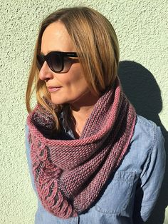 Grose Cowl pattern by Katrin Schubert | malabrigo Merino Worsted in Frost Gray and Damask Rose