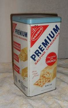 when i was little my mom kept her crackers in a tin like this. i thought it magically made more crackers.