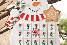 Manualidades con papel de aluminio y latas de aluminio para reciclar - KENA Advent Calendar, Wall Decor, Diy, Holiday Decor, Crochet, Angeles, Mirror, Home Decor, Ideas