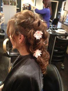 Beautiful wedding updo with flowers - Jody's Flair for Hair Beauty Salons, Hairdressers, Wedding Updo, Spas, Stylists, Flowers, Beautiful, Fashion, Moda