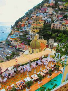 Positano Amalfi Coast, Italy I want to sip a glass of wine at a café, flirt with an Italian man, and buy linens Places Around The World, Oh The Places You'll Go, Places To Travel, Travel Destinations, Places To Visit, Amalfi Coast Italy, Positano Italy, Capri Italy, Voyage Rome