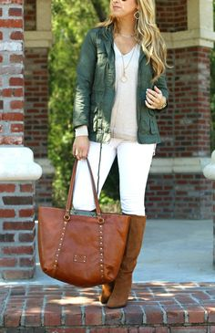 Ways to style white denim in fall
