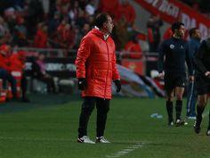 """Arnaldo Teixeira, treinador adjunto de Rui Vitória, considerou a vitória sobre o FC Arouca (3-0) """"justa"""", num encontro """"completamente dominado pelo SL Benfica. """"Isto é o Benfica!"""""""