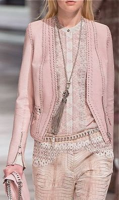 2014 Roberto Cavalli Spring Ready-to-Wear Pink Fashion, Love Fashion, Runway Fashion, Fashion Show, Womens Fashion, Fashion Trends, Fashion Beauty, Fashion Details, Fashion Design