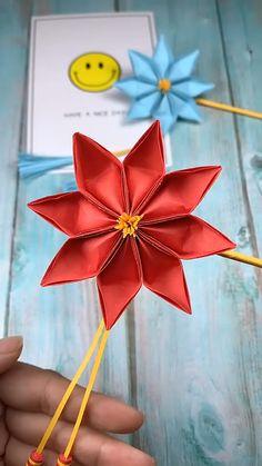 Origami Flowers 839710293010673090 - Source by koumvana Diy Origami Blume, Instruções Origami, Paper Crafts Origami, Paper Crafting, Origami Videos, Origami Wall Art, Origami Boxes, Dollar Origami, Origami Decoration