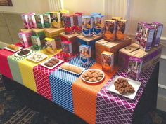 It's Girl Scout cookie time Girl Scout Swap, Girl Scout Leader, Girl Scout Troop, Scout Mom, Girl Scout Cookie Sales, Girl Scout Cookies, Girl Scout Cookie Swap Ideas, Girl Scout Bridging, Girl Scout Activities