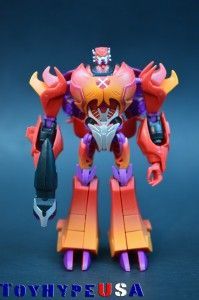 Transformers Collectors' Club Timelines Maximal-Rampage Review http://www.toyhypeusa.com/2014/06/09/transformers-collectors-club-timelines-maximal-rampage-review/